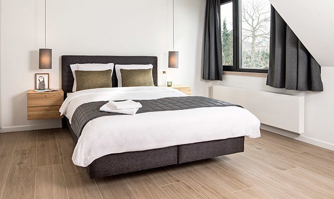 Chambre spacieuse avec lit double (2)
